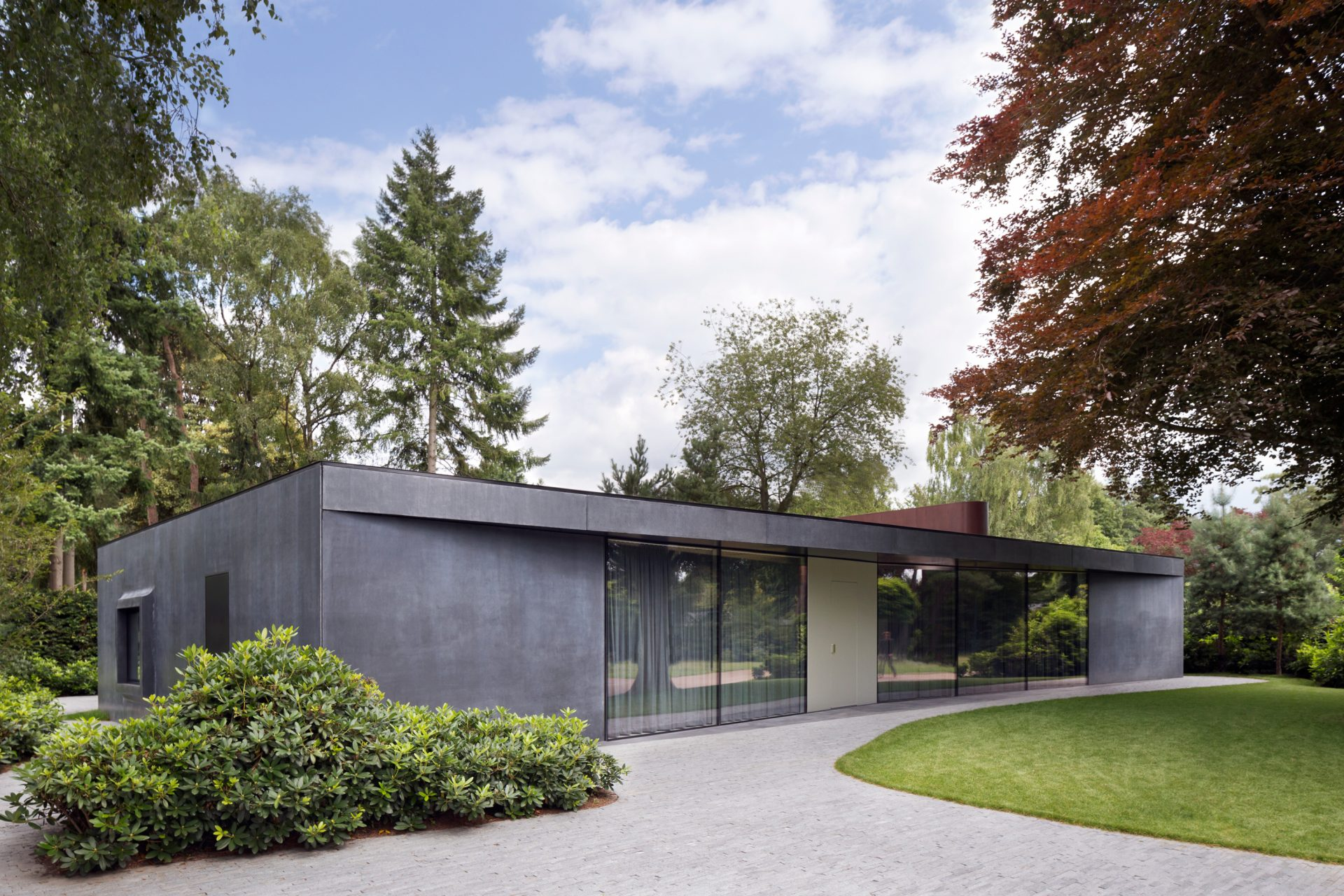 Villa X, Brabant