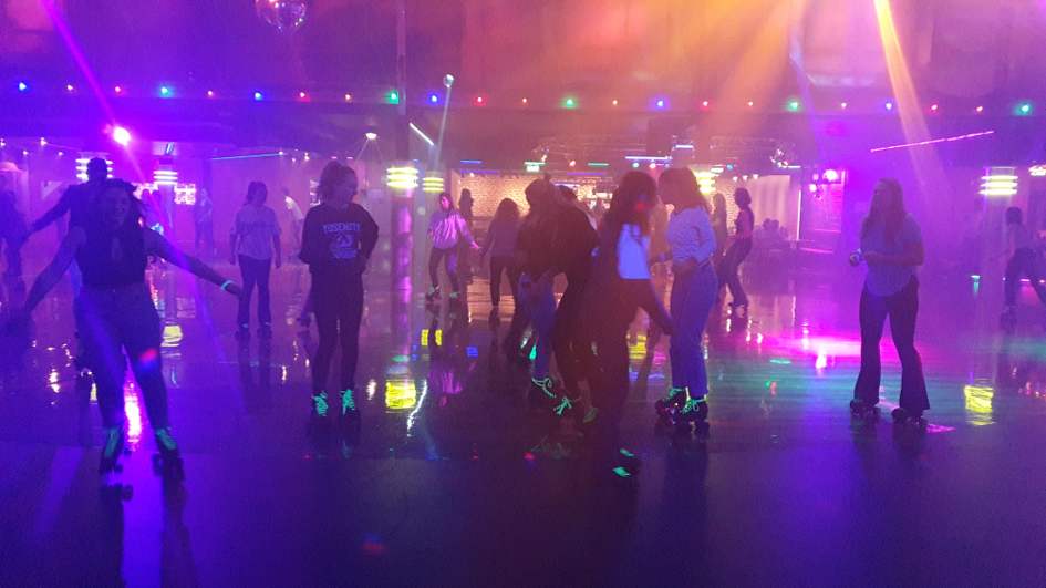 Wij zorgen samen met Glowgolf en Skatefever voor veiligheid